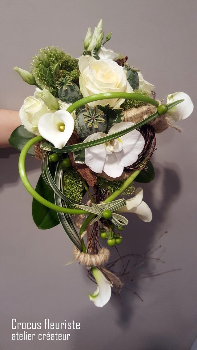 Bouquet de mariée chute blanc, vert et marron