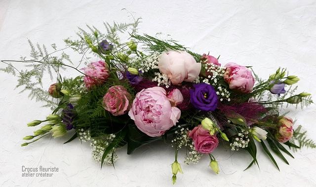 Centre de table cérémonie rose, parme et violet